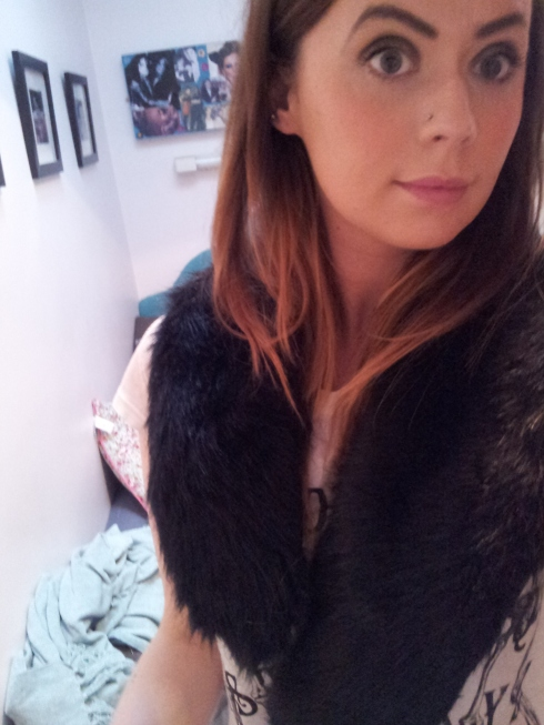 Yay for a FAUX FUR collar!