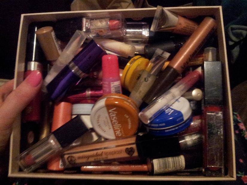 A sneek-peek of just a few of my lippy supplies