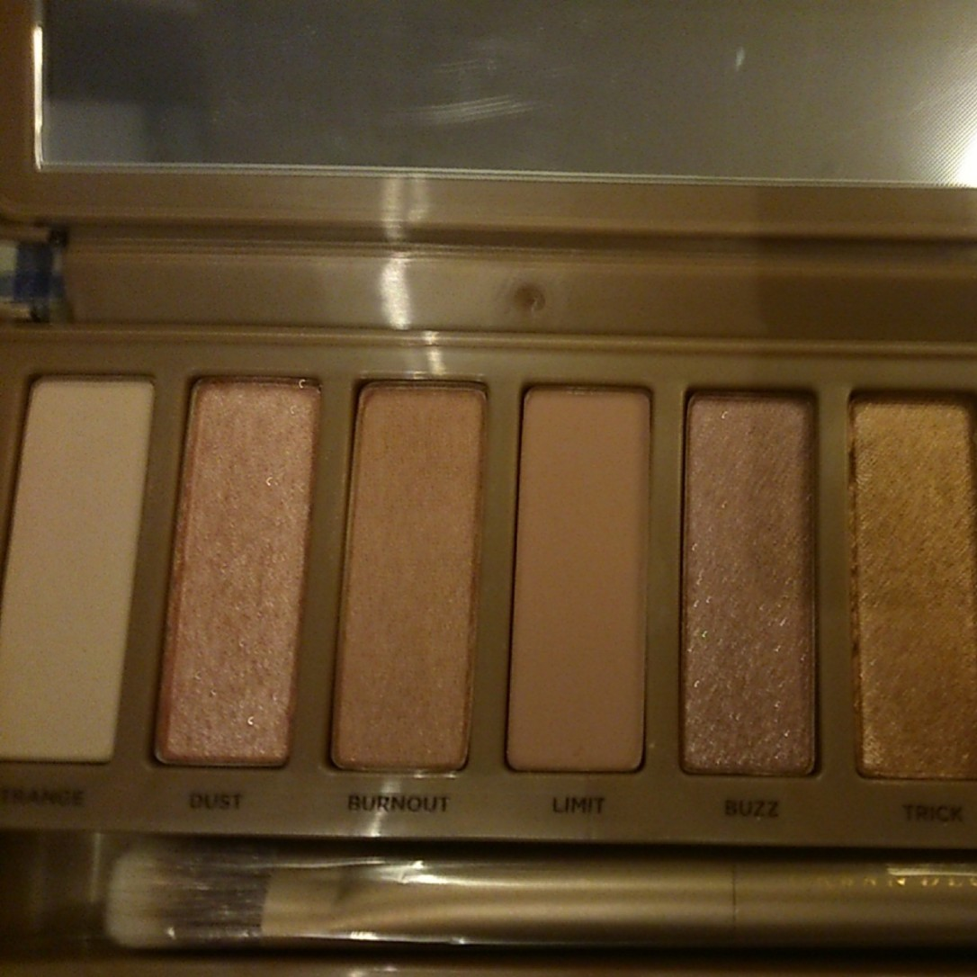 Rose-tinted nudes