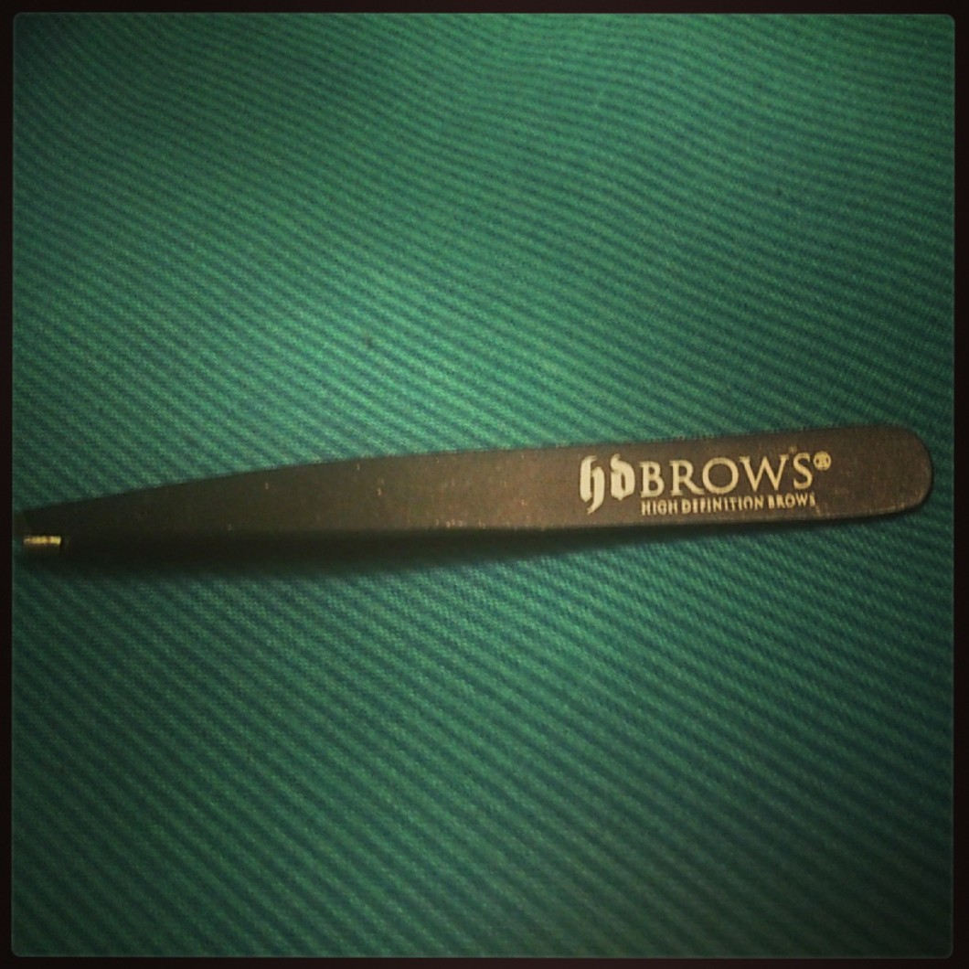 HD Brows Tweezers