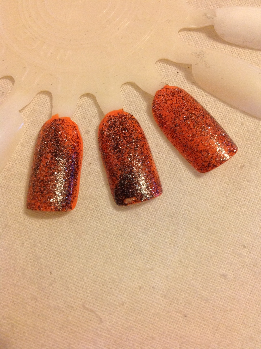 Halloween themed glitter nails